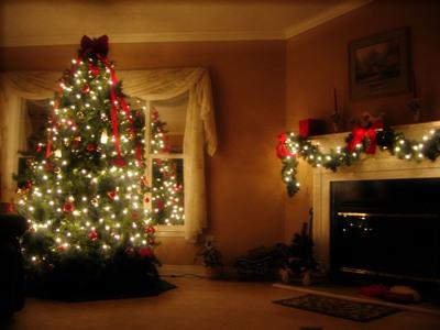 Агентство Актив-Персонал (домашний персонал),Поздравляем С Новым Годом и Рождеством, Готовимся к Новому Году, украшаем дом на новый год, украшаем дом на новый год, как нарядить елку, как украсить новогоднюю елку, новогодняя елка фото, необычные елки, как красиво украсить елку, как украсить елку, необычная елка своими руками