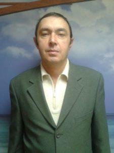 помощник по хозяйству Виталий Алексеевич
