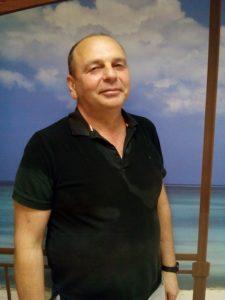 помощник-управляющий в загородный дом Олег Григорьевич